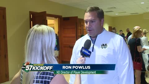 Former player Ron Powlus helps players develop life outside football