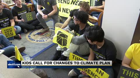 Group stages sit-in at Mayor Pete Buttigieg's office to protest climate change