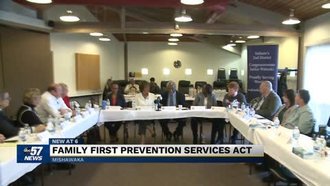 Rep. Jackie Walorski holds roundtable at Oaklawn in Mishawaka