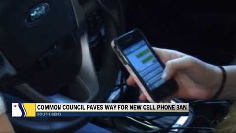 South Bend Common Council approves rule change to phone usage while driving