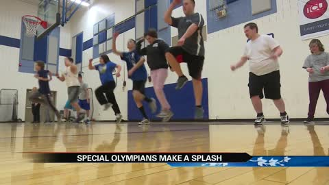 South Bend Cubs make a splash for Special Olympics