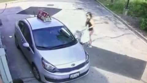 Caught on Camera: Woman steals car from Toppers