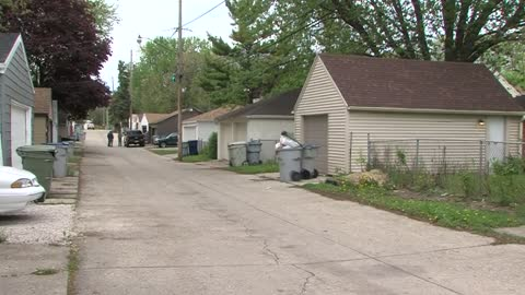 Milwaukee woman held at gunpoint during home invasion near 60th and Keefe