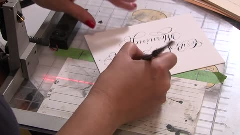 Not a lost art: Milwaukee mom finds professional calligrapher services in demand