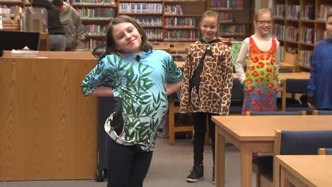 9-year old West Allis girl finds way to help animals through Eco Evie clothing line