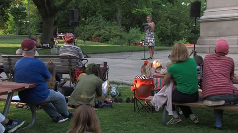 Sunday Morning Spotlight: Poetry in the Park