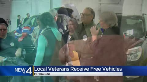 'It's surreal:' Progressive gives away refurbished cars to Milwaukee veterans