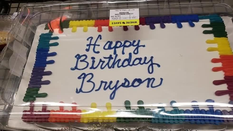 Prime Washington County Sheriffs Deputy Buys Birthday Cake For Waitress Funny Birthday Cards Online Hetedamsfinfo